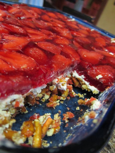Salad strawberry pretzels