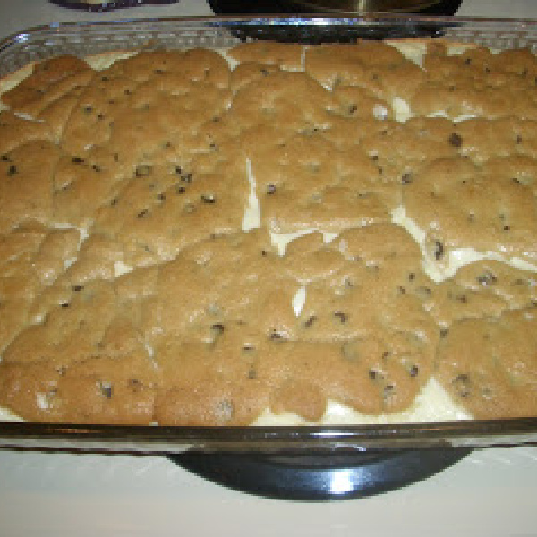 Easy Chocolate Chip Cream Cheese Dessert