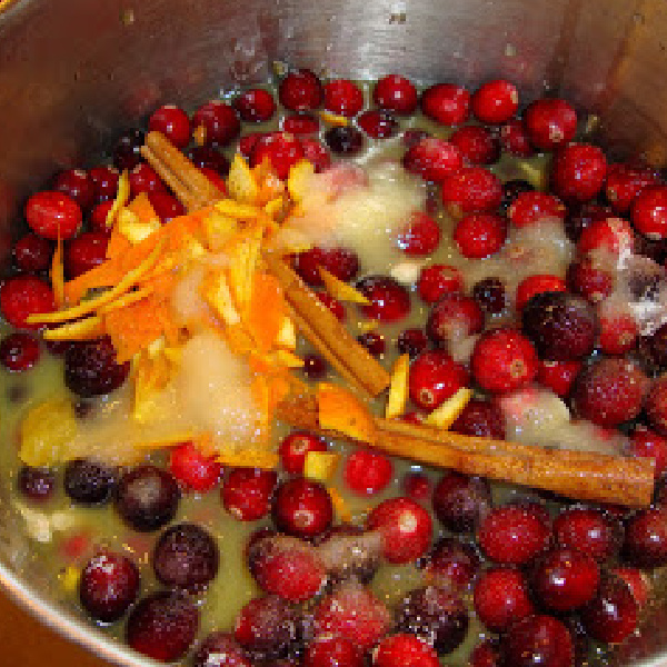 Tasty Tuesday: Cranberry Sauce