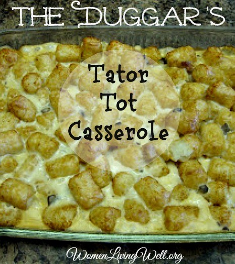 Your family will love my verseion of this very tasty Tator Tot Casserole that was featured on The Duggars 19 and Counting. #easyrecipe #beef #tatertots #dinner