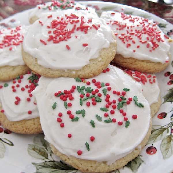 Soft Sugar Cookie Recipe and Homemade Icing