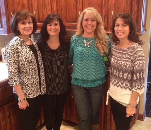 Thanksgiving Sisters & Mom