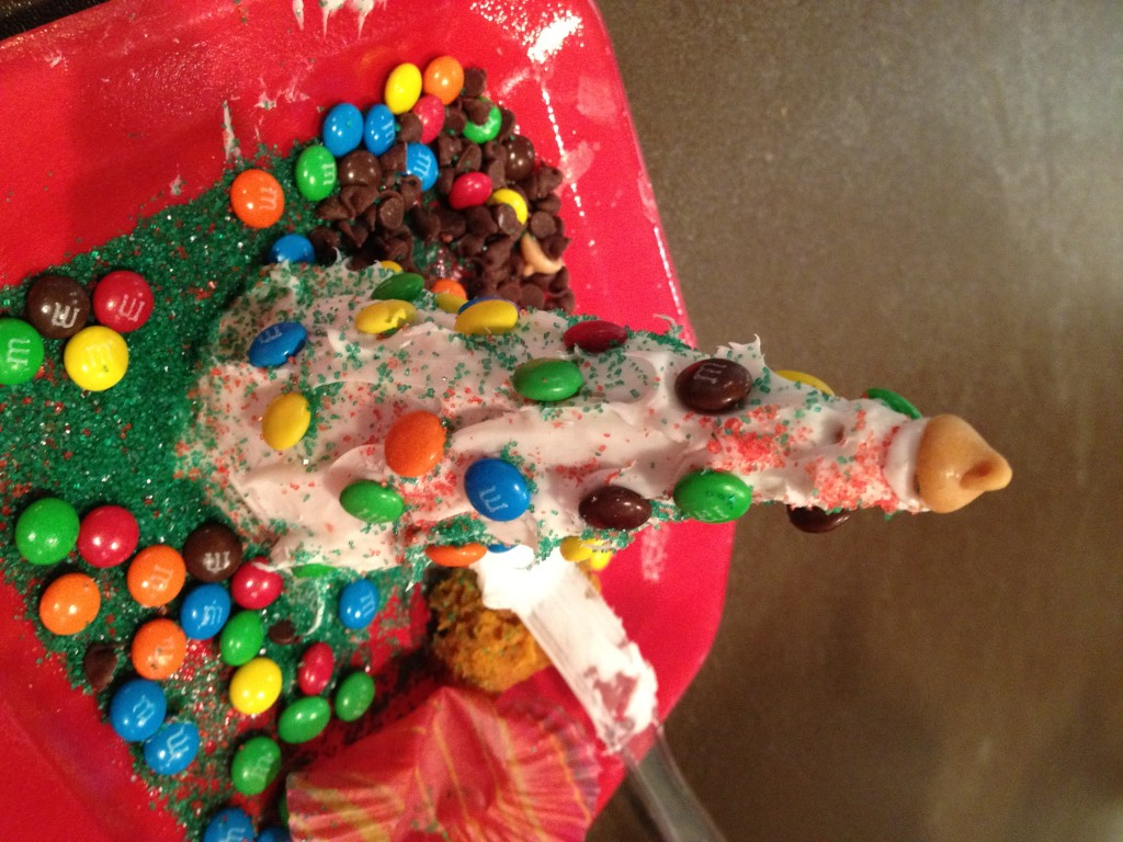 ice cream cone christmas trees fun edible activity for kids december 8 2015 by courtney img_0696